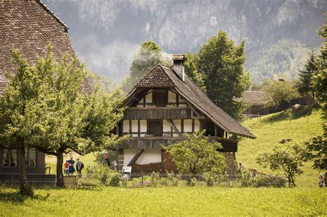 Excursion to the past in the Bernese Oberland